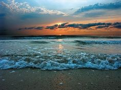 the black sea on the coast of Romania Great Places, Places To See, Hiding Places, Amazing Places, Beautiful World, Beautiful Places, Beautiful Sunset, Ocean Photography, Black Sea