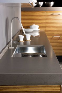 Silestone- Amazon Leather kitchen - i like the thickness of silestone as well