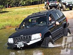 154 1207 Has Eyes For Jeeps+jeep Grand Cherokee Water Crossing - Photo 38296339 - 2001 Jeep Grand Cherokee: Only Has Eyes For Jeeps 04 Jeep Grand Cherokee, Jeep Wj, Jeep Bumpers, Badass Jeep, Expedition Vehicle, Jeep Life, Honda Civic, Offroad, 4x4
