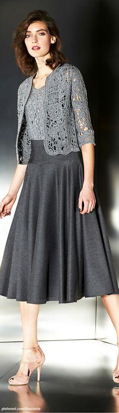 Escada ● Fall 2014 ♪ ♪ ... #inspiration #crochet #knit #diy GB http://www.pinterest.com/gigibrazil/boards/