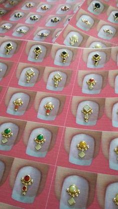 1 Cartelão com 44 pares de joias de unha Nail Jewels, Luxury Nails, Pedicure Nails, Nail Art Diy, Nails Inspiration, Nail Designs, Jewelry Design, Pattern, Manicures