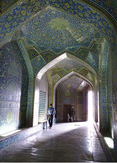 The Sheikh Lutfollah Mosque in Iran  Ian Steadman of Wincanton, Somerset
