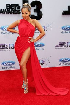Come See the Fashion at the BET Awards 2013 + Moda en los Premios BET 2013 !!! http://bravechica.com/2013/07/01/fashion-at-the-bet-awards-2013/ @BraveChica #CelebFashion #Style #Trends