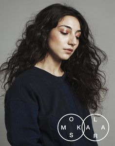 """Sweatshirt """"LIVING INDIGO"""" from the capsule collection #OMSKXLARA created by OMSK Belgium and Lara Chedraoui, the singer of the Belgian music band Intergalactic Lovers."""