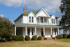 Free House in North Carolina - Historic Homes in France - Country Living