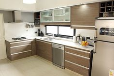Fabulous Modern Kitchen Sets on Simplicity, Efficiency and Elegance - Home of Pondo - Home Design Modern Kitchen Cabinets, Kitchen Furniture, Kitchen Dining, Kitchen Decor, Furniture Stores, Kitchen Room Design, Kitchen Interior, Cuisines Design, Cool Kitchens
