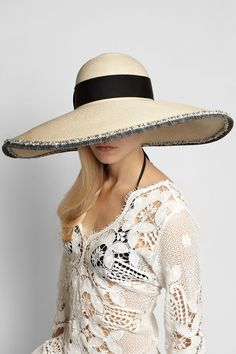 Wide-brimmed hat perfection
