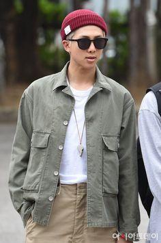 on Music Bank Namjoon, Seokjin, Taehyung, Jhope, Korean Boy Bands, South Korean Boy Band, Bts Bangtan Boy, Bts Boys, Bts Jimin