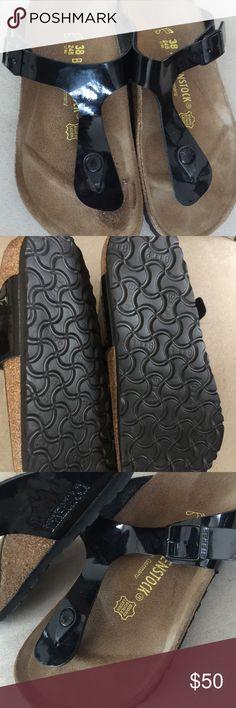 Birkenstock L7M5 245 gizeh Slightly used almost brand new Birkenstock Birkenstock Shoes Sandals