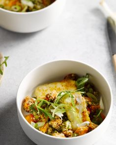 Quinoa zijn gezonde pseudo graantjes uit Zuid-Amerika. Samen met zoete aardappel en halloumi-kaas is dit een heerlijk gezond gerechtje met verrassende smaken. Healty Lunches, Healthy Recepies, Healthy Foods To Eat, Healthy Cooking, Healthy Eating, Healthy Life, Pureed Food Recipes, Veggie Recipes, Appetizer Recipes
