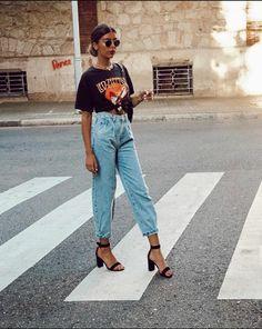 Boyfriend Jeans Damen, Baggy Jeans Damen, Mode Outfits, Jean Outfits, Fashion Outfits, Womens Fashion, Fashion Trends, Zara Outfit, Outfit Jeans
