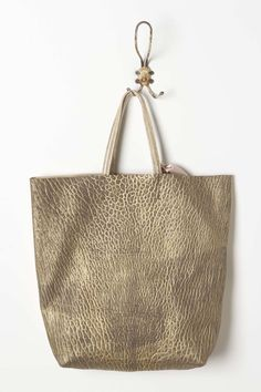 hammered gOld tOte