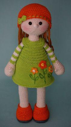 / based on lalylala crochet patterns Crochet Diy, Crochet Amigurumi, Crochet Girls, Crochet Doll Pattern, Amigurumi Doll, Amigurumi Patterns, Crochet Crafts, Doll Patterns, Crochet Projects
