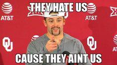 Oklahoma University Football, Football And Basketball, Baker Mayfield Nfl, Ok Sooners, Sports Wall, Boomer Sooner, Win Or Lose, Sports Memes, Really Funny Memes