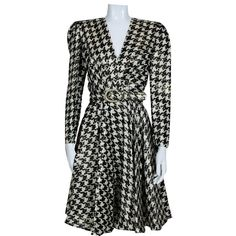 Vintage and Designer Evening Dresses and Gowns - For Sale at 2017 Fall Fashion Trends, Autumn Fashion, Houndstooth Dress, Designer Evening Dresses, Classy Dress, Carolina Herrera, Day Dresses, Cool Style, Wrap Dress