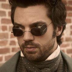 Henry from the movie Abraham Lincoln: Vampire Hunter.  (glasses)