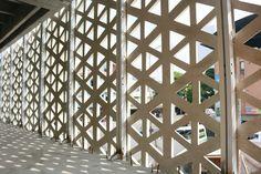 O edifício que respira: a construção da nova sede da Empresa de Desenvolvimento Urbano (EDU) em Medellin,Estado da construção em Abril de 2016. Imagem Cortesia de EDU