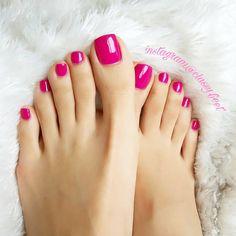 Entertain me. #footmodel #footfetish #footqueen #foot #footfetishnation #sexyfeet #prettytoes #footdomination #worship #beautifulfeet #feet #footworshipping #footslave #barefeet #feetlovers#cutetoes #longtoes#softsoles #wrinkledsoles #toes #footarch #cutefeet #toespread #instafeet #soles #softfeet #perfectfeet #perfectsoles #classyfeet