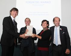 L'architetto e designer Patricia Urquiola durante il conferimento del Premio Donna del Marmo 2010.