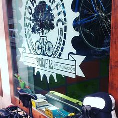 Llegando al curro con mi bicicleta. #30diasenbici #enbicialtrabajo