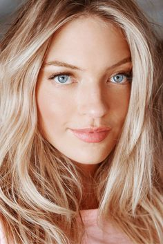 Martha Hunt's Victoria's Secret makeup routine