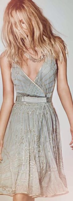 Latest 2014 soft and feminine lace dress fashion. Who makes this? I want to buy it!
