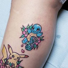 Kawaii style squirtle tattoo on the calf. Artista Tatuador: Carla Evelyn