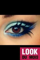 Look Maquillage blue make-up style Glamour