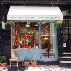 Sweet snowey shop. New York