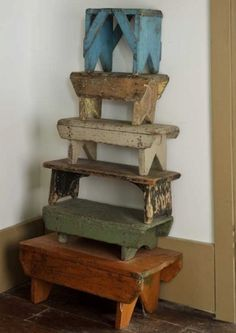 .Stacking small benches/step stools