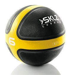 GEWICHTEN- Medicijnbal 2,7 kg: Rubberen medicijnbal met een uitstekende grip. Een medicijnbal heeft een diameter die ongeveer gelijk is aan de breedte van de schouders en worden vaak gebruikt bij fyshiotherapie, sportschool, maar ook steeds vaker bij thuisfitness. Een medicijnbal is de perfecte trainingsmethode voor het versterken van de spieren. De medicijnballen zijn verkrijgbaar in verschillende gewichten van 1 t/m 7 kg. Prijs per stuk: € 37,50 to € 79,95