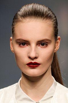 Tendencias maquillaje otono invierno 2013 labios burgundy - Anteprima