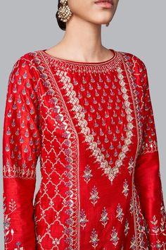 Designer Suits - Buy Geshana Suit for Women Online - FW18RR040_Red - Anita Dongre