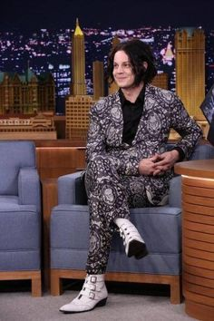 "Jack White in his Alexander McQueen Skull suit and trademark ""Jack"" Fluevogs. Jack White, Meg White, White Boys, The White Stripes, Dead Weather, Givenchy, Valentino, Alexander Mcqueen, White Strips"