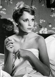 vintage everyday: 30 Beautiful Portraits of Mia Farrow with Pixie Haircut in the 1960s