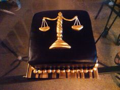scales of justice law degree lawyer cake