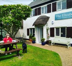 This is the life. Wedding anniversary treat at The Elizabethan Inn. Fish and chips on the way. #devon
