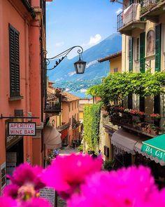 Buongiorno ☕️  Location: #Bellagio, Lake Como - #Italy  Happy Sunday dear friends ✌️. #SennaRelax