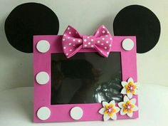 Foam Crafts, Diy Arts And Crafts, Crafts For Kids, Diy Crafts, Minnie Birthday, Minnie Mouse Party, Mouse Parties, Picture Frame Crafts, Picture Frames