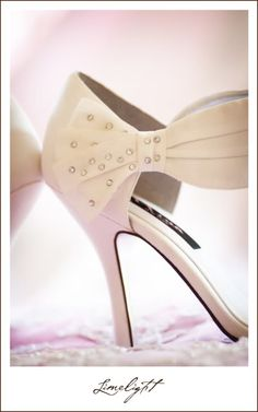 Limelight Photography, Wedding Photography, Avila Golf and Country Club, Wedding Shoes, www.stepintothelimelight.com