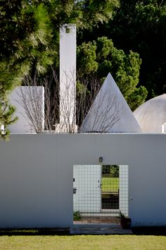Souto de Moura's House in Quinta do Lago