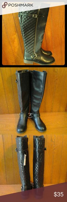 Awesome Knee High Black Boots Zippered sides, adjustable straps on ankle & calf.  Quilted pattern in back, rubber sole.  Wide with. BONGO Shoes Combat & Moto Boots