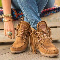 Love the fringe! Boho Style