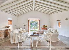 Living room (social house)