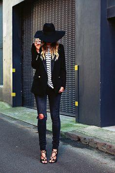 12 by seamsforadesire, via Flickr find more women fashion on www.misspool.com