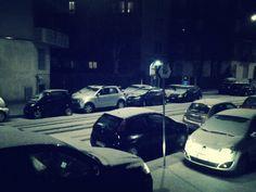 La grandinata che imbianca Milano  http://tuttacronaca.wordpress.com/2014/02/26/la-grandinata-che-imbianca-milano/