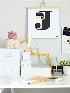 nice clean home office space Workspace Design, Office Workspace, Home Decoracion, Artwork For Home, Home Office Decor, Office Ideas, Workspace Inspiration, Space Crafts, Craft Storage
