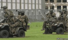 GIF: Meanwhile in the Army - www.gifsec.com