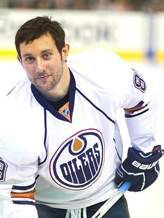 Sam Gagner, we're going to miss you. Mark Messier, Hockey Stuff, Edmonton Oilers, Die Hard, Pittsburgh Penguins, Hockey Players, Winter Sports, Crushes, Cups