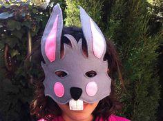 MASCAR DE FIELTRO http://www.hullitoys.com/disfraces/166-disfraz-mascara-conejo.html